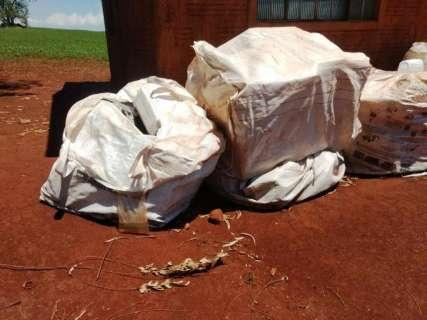 Idoso é multado em R$ 10 mil por guardar embalagens de agrotóxicos irregular