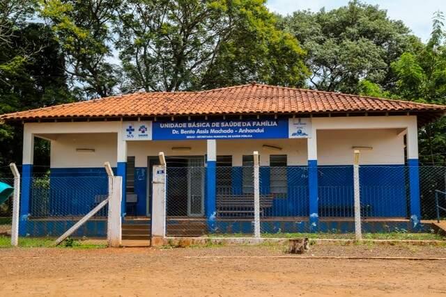 Unidade de saúde atende pacientes do distrito, além de dois municípios vizinhos (Foto: Marcos Ermínio)