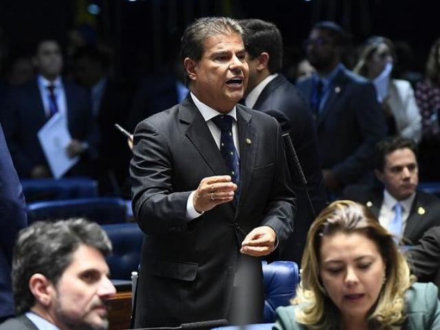 Nelsinho Trad no Senado, durante a polêmica votação para presidência (Foto: Pedro França/Senado)