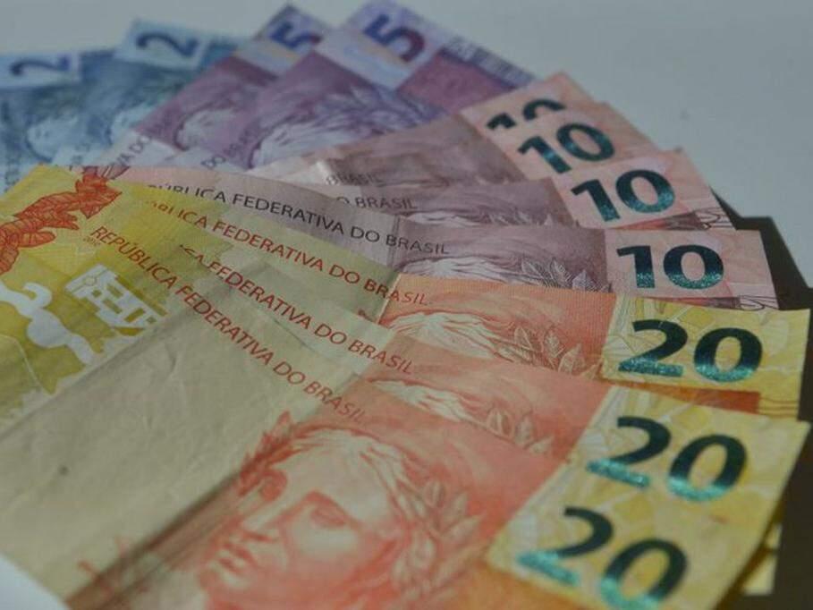 Poupar dinheiro vai exigir mais criatividade (Foto: Marcello Casal/Agencia Brasil)