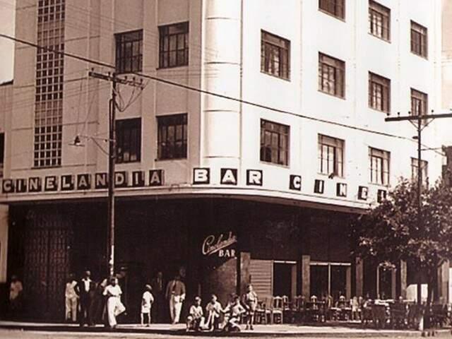 O Cinelândia Bar marcou os anos de ouro e foi point de azaração (Foto: Yoshi Haru Guenka)