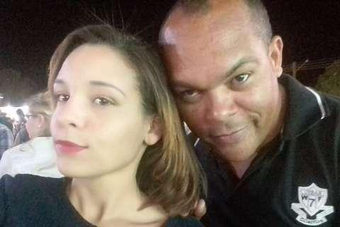 A família descobriu, depois do suicídio, o bullying que Karina sofria