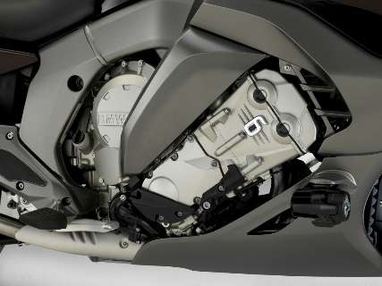 Nova BMW GTL 1600 com motor de seis cilindros será apresentada em novembro