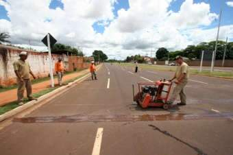 Após acidentes, Agetran instala travessias elevadas na Marginal Lagoa