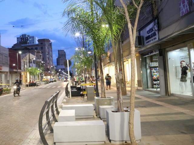 Rua 14 de Julho já começa a ter nova cara na reta final das obras do Reviva (Foto: Paulo Francis)