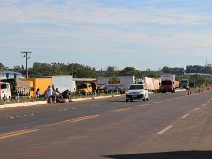Decreto prevê força policial para liberar rodovias e compras emergenciais