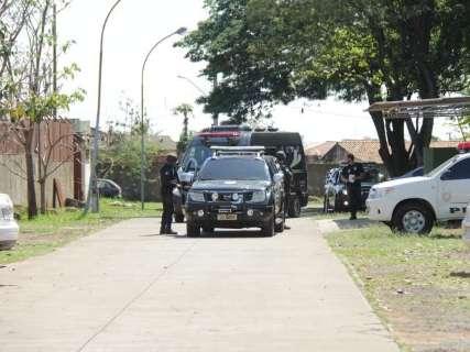 Autor de ataque contra Bolsonaro chega ao presídio federal da Capital