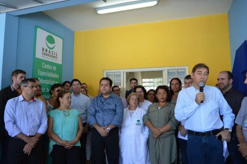 Bernal entrega Centro Odontológico no bairro Sílvia Regina (Foto: Pedro Peralta)