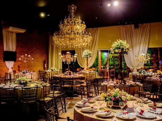 A festa recebeu 250 convidados num salão de eventos do centro. (Foto: Thiago Coelho)