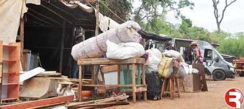 Famílias que saíram de propriedade em Sidrolândia devem acampar em Quebra Coco