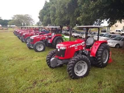 Reinaldo diz que novos equipamentos vão melhorar a produção no campo
