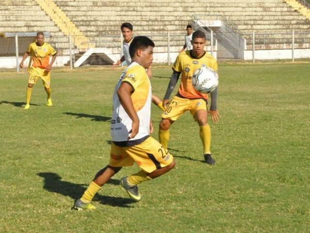 Elenco do Corumbaense treina forte para disputar Copa do Brasil (Foto: Corumbaense FC/Divulgação)