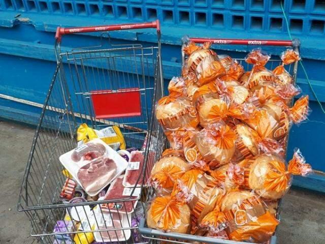 Carnes em bandejas e panetones apresentaram irregularidades (Foto: Procon-MS/Divulgação)