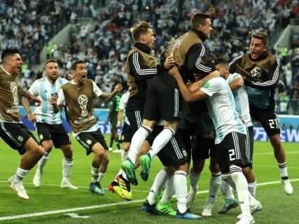 Argentina derrota Nigéria e se classifica para enfrentar a França nas oitavas