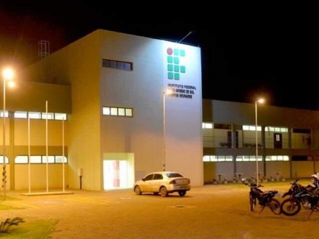 Prédio do Instituto Federal de MS em Dourados (Foto: Divulgação)