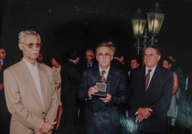 No dia da reinauguração, esteve Wilson Martins Barbosa e Juvêncio César da Fonseca.