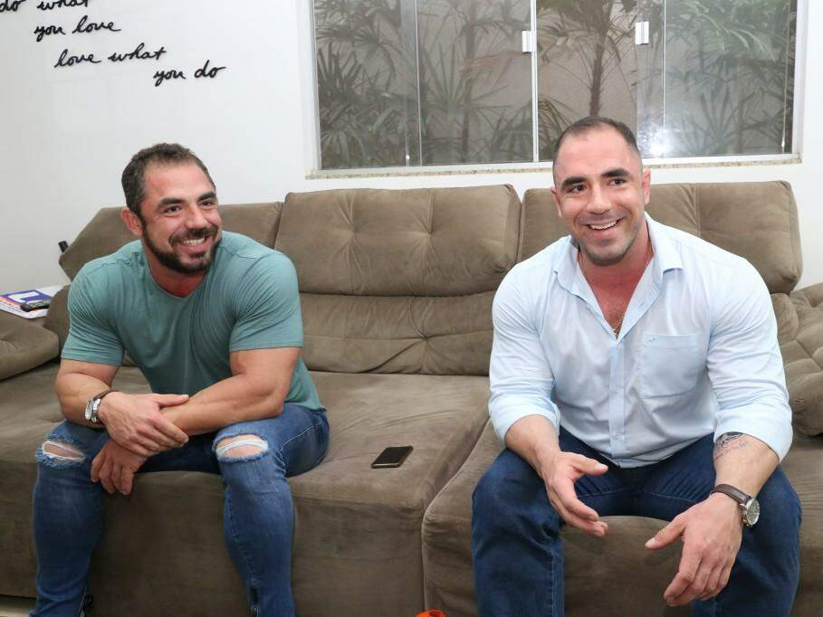 Alexandre e Rodrigo Lacerda, de 31 anos, são gêmeos que sempre estiveram juntos no esporte. (Foto: Paulo Francis)