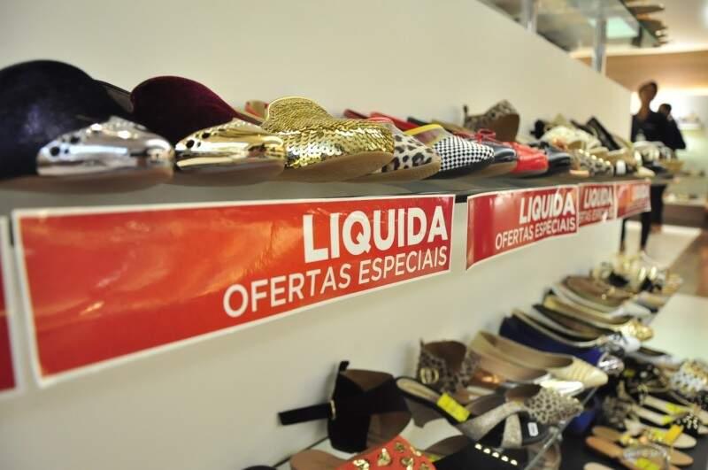 Segundo gerentes de lojas, promoção não é para queimar estoque (Foto: João Garrigó)