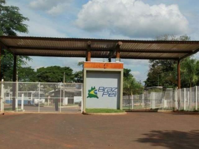 Curtume Braz Peli, alvo da ação do Governo do Estado, tem sede em Campo Grande (Foto: Marcos Ermínio/Arquivo)