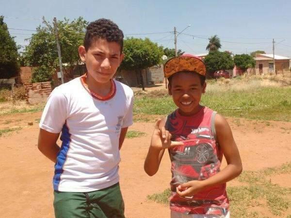 Praças abandonadas deixam crianças  da  periferia sem direitos básicos
