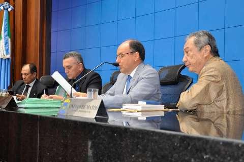 Deputados irão votar projeto que simplifica notas fiscais a pescadores
