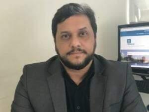 Costa elogiou Fonseca e sinalizou prioridades na Semadur. (Foto: PMCG/Divulgação)