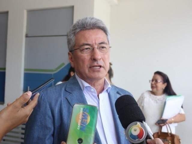 Secretário de Administração, Roberto Hashioka fez várias reuniões hoje para anunciar corte de abono e reajuste zero a servidores (Foto/Arquivo)