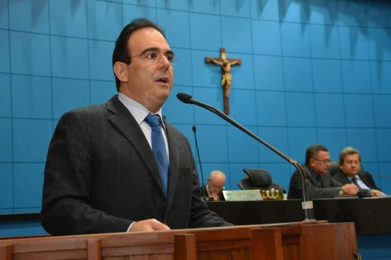 Deputado Felipe Orro anunciou a destinação de emenda para Santa Casa (Foto: Assessoria/ALMS)