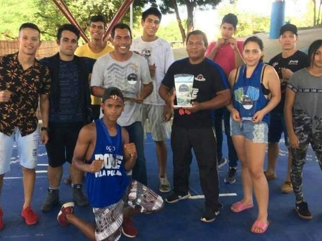 Atletas campeões da competição. (Foto: Arthur Mário)