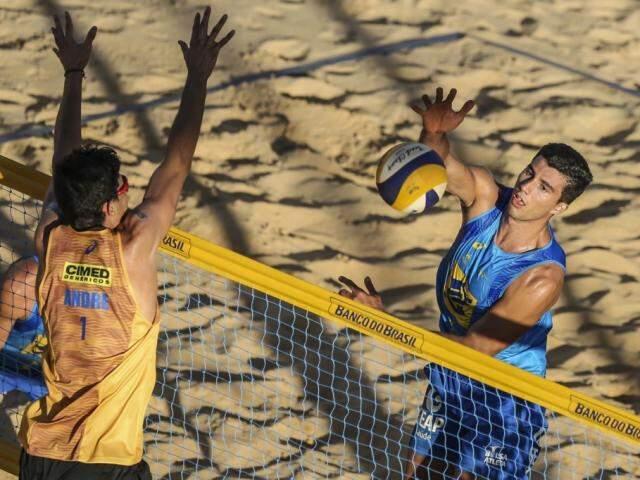 Saymon Barbosa é esperança de medalha para o Brasil em competição internacional (Foto: FIVB/Divulgação)