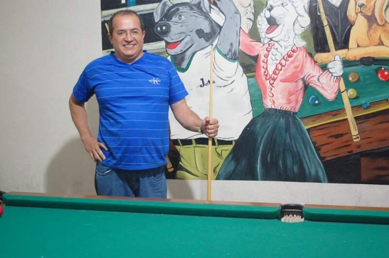 Advogado,  Josué tem a cozinha, os esporte e o Palmeiras como grande paixões.(Foto: Adriano Fernandes)