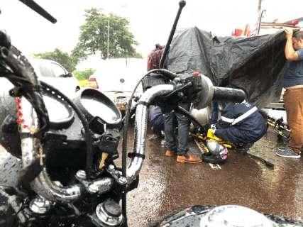 Chuva causa mais um acidente na Norte-Sul e deixa tráfego lento
