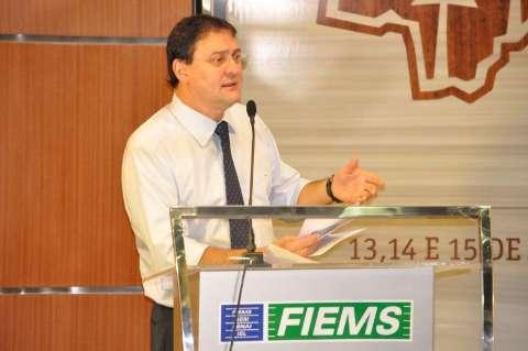 Reinaldo diz que protesto é legítimo, mas redução de ICMS só em junho