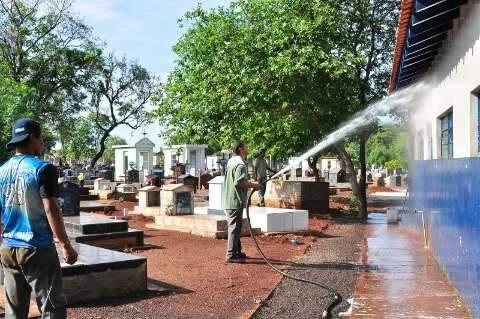 Dia de Finados deve levar 60 mil a cemitérios públicos da 2ª maior cidade de MS