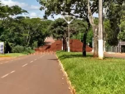Prefeitura refaz cálculo e obra em avenida demora no mínimo 2 meses