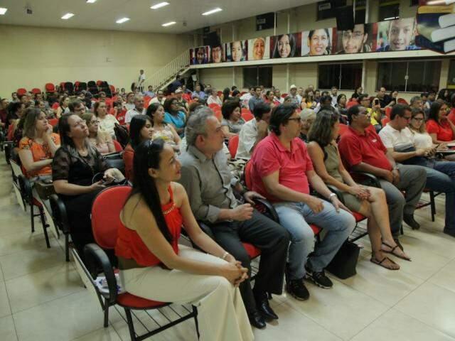 Público acompanhou evento com a presença do ex-ministro da Educação