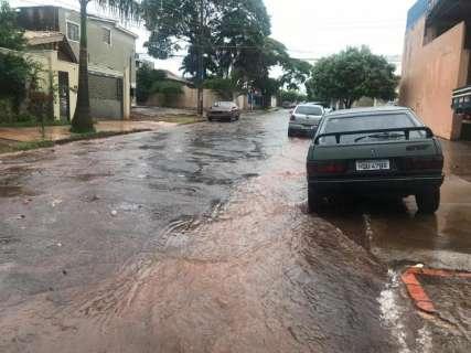 Volta da chuva deixa equipes da prefeitura em estado de alerta