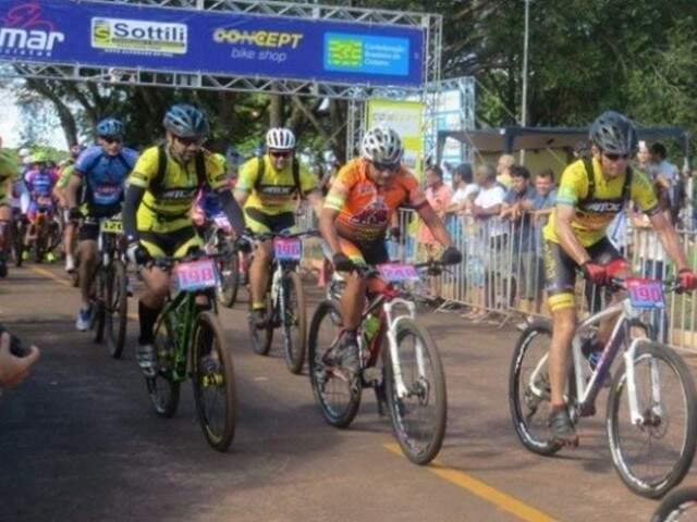 Evento de mountain bike ocorre em Aral Moreira (Foto: Divulgação - FMSC))