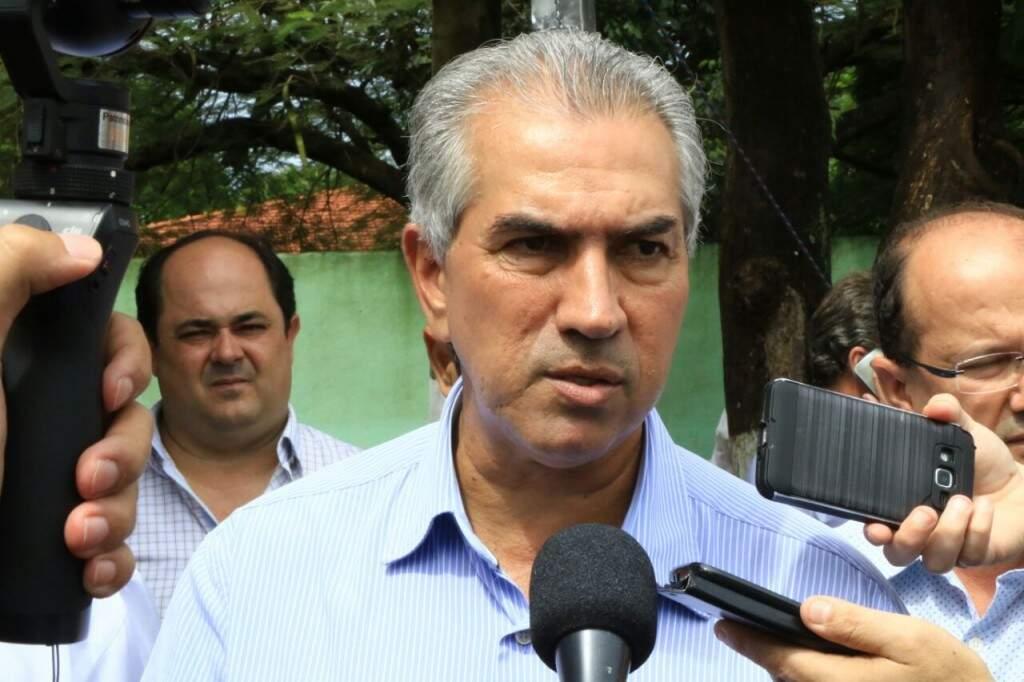 Governador Reinaldo Azambuja estará no interior do Estado nesta segunda-feira (Foto: Edemir Rodrigues)