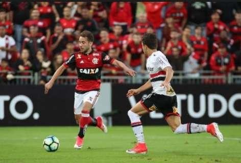 """Everton marca 1 a 0 e coloca o São Paulo na """"cola"""" do Flamengo no campeonato"""