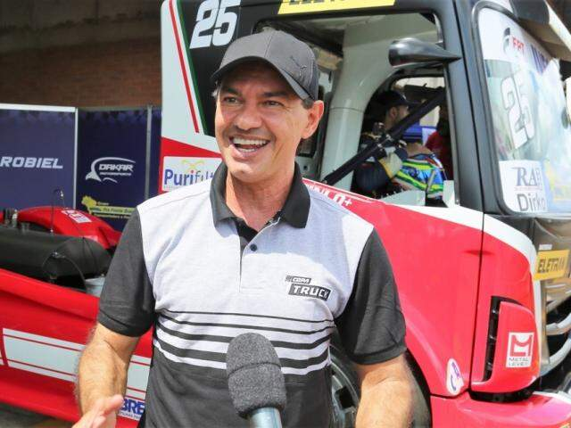 Prefeito Marquinhos Trad (PSD), durante corrida da Copa Truck (Foto: Divulgação/PMCG)