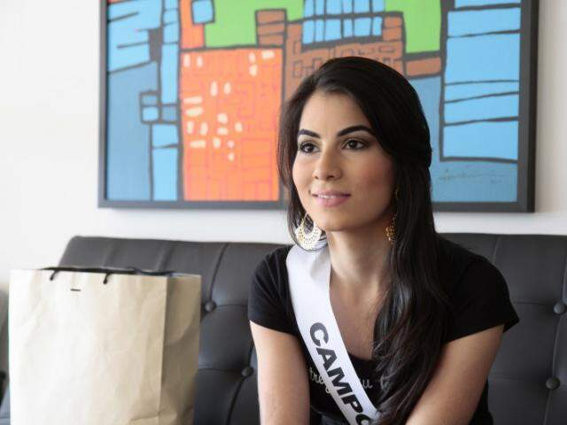 A acadêmica de jornalismo Juliana Grisoste vai representar Campo Grande. (Foto: Cleber Gellio)