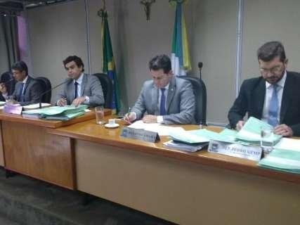CCJ aprova e orçamento com receita de R$ 14 bilhões pode ser votado