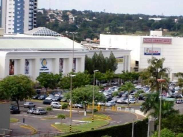 Administradora nega compra de shopping alvo de cobrança milionária