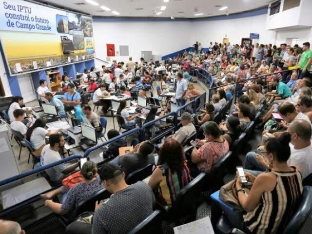 Movimento na Central do IPTU durante atendimento na semana (Foto: Divulgação/PMCG)