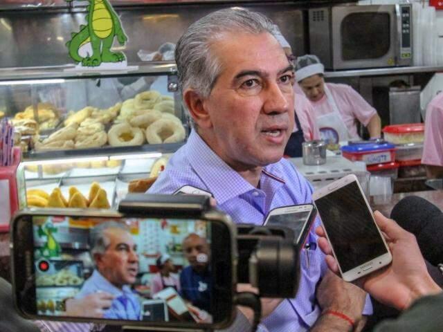 Governador e candidato à reeleição, Reinaldo Azambuja abrirá a propaganda eleitoral dos concorrentes ao Executivo. (Foto: Saul Schramm/Divulgação)