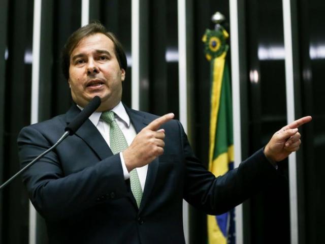 Rodrigo Maia tenta a reeleição na Câmara já tendo apoio de boa parte da classe política nacional; deputado estará no Estado nesta tarde. (Foto: Marcello Camargo/Agência Brasil/Arquivo)