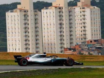 Hamilton largará na frente em Interlagos e soma 82ª pole da carreira