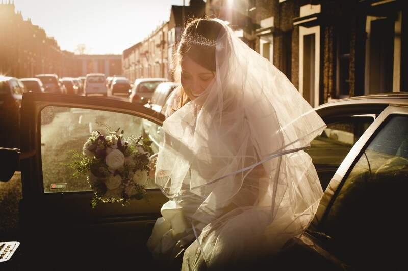 Registros de noiva na Inglaterra. (Foto: Allan Kaiser)