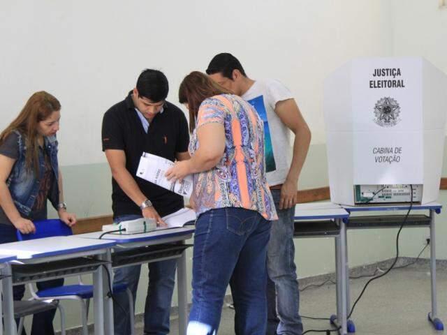 Votação durante o primeiro turno em Campo Grande (Foto: Marina Pacheco - Arquivo)